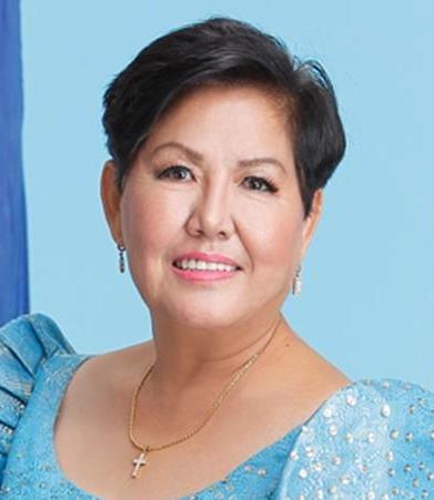 Elisa Kho