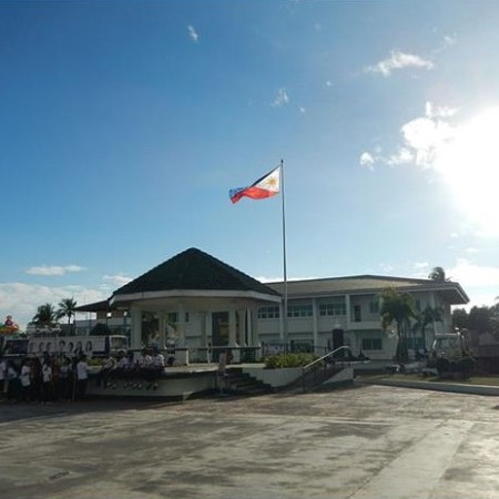 Municipal Hall of Santa Cruz in Zambales