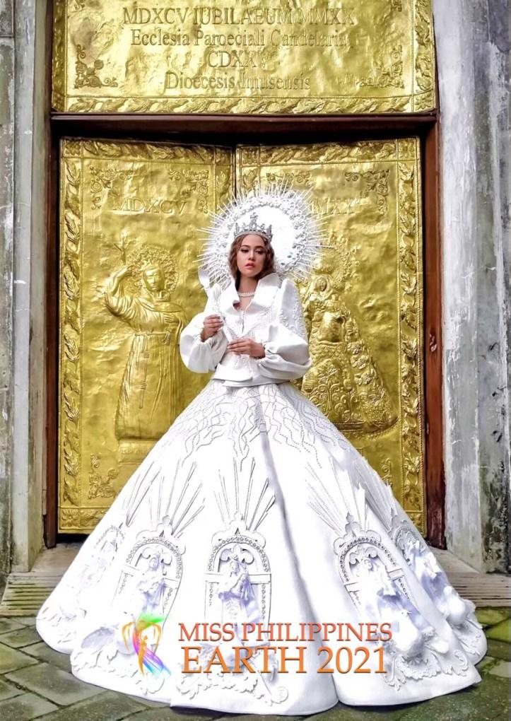 Alyanna Villena Costume