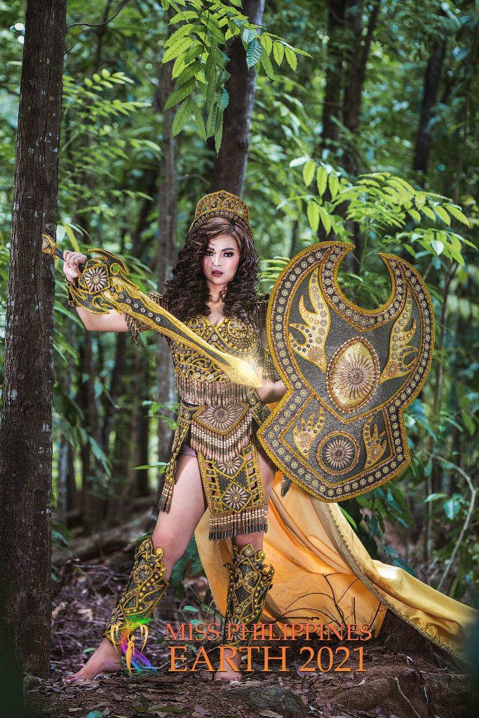 Chynna Kaye Verosil Costume