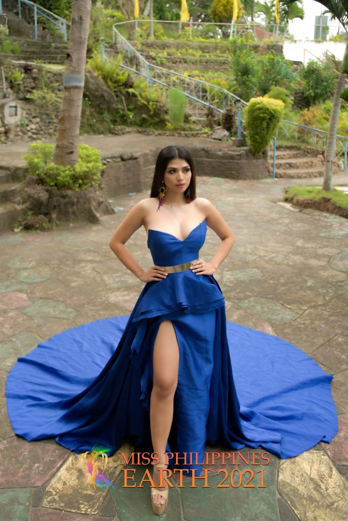 Kheshen Babatid Gown