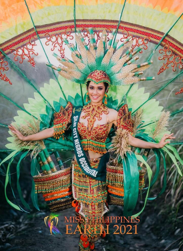 Riah De Ocampo Costume