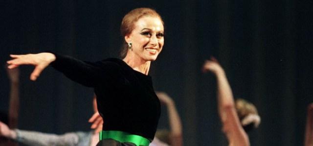 Μάγια Πλισέτσκαγια: Η απόλυτη πρίμα μπαλαρίνα που πέθαινε πάνω στη σκηνή σαν αληθινός κύκνος