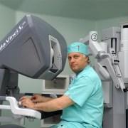 Κωνσταντίνος Κωσταντινίδης. «Η ζωή μου είναι πρωτίστως αφιερωμένη στην ιατρική και στον άνθρωπο»