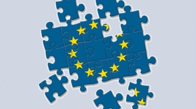 Η Ευρώπη σε υπαρξιακή κρίση και η Ελλάδα σε «συμπληγάδες»