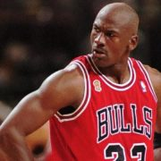 ο μύθος του Michael Jordan μέσα από το βιβλίο του Roland Lazenby