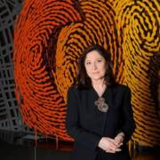 Χριστίνα Σαραντοπούλου: η γλύπτρια με την μοναδική τέχνη των αποτυπωμάτων…