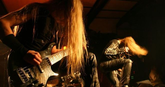 Η Death Metal εμπνέει τη χαρά και όχι τη βία