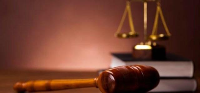 Το δικαστήριο δεν είναι ζήτημα αισθητικής, είναι ζήτημα κανόνων και κύρους μιας διαδικασίας, όπου διακυβεύεται η προσωπική ελευθερία των πολιτών