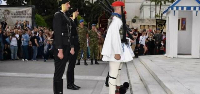 Δάκρυα περηφάνιας για τους Εύζωνες: «Ένιωσα Πόντιος, ότι οι μάχες γινόντουσαν μπροστά μου»