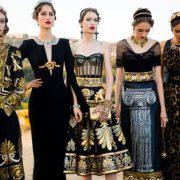 Οι Dolce & Gabbana παρουσίασαν μια συλλογή ωδή στην Αρχαία Ελλάδα