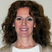 Η Ελληνίδα οδοντίατρος που ερευνά την αποκατάσταση της αδαμαντίνης στα δόντια χωρίς σφράγισμα