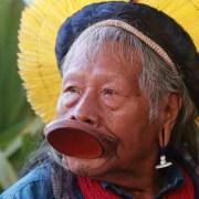 Βραζιλία: Ο 89χρονος ιθαγενής αρχηγός Ραονί, υποψήφιος για το Νόμπελ Ειρήνης
