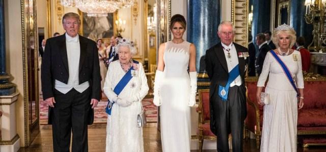 Ο Donald Trump στο δείπνο της βασίλισσας Ελισάβετ σε την Diana