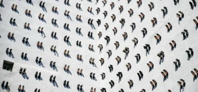 440 ζευγάρια παπούτσια. Ένα ζευγάρι για κάθε γυναίκα που δολοφονήθηκε πέρυσι στην Τουρκία από τον σύζυγό της ή τον σύντροφό της