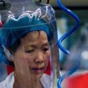 Η «bat woman» της Ουχάν προειδοποιεί για νέους φονικούς ιούς