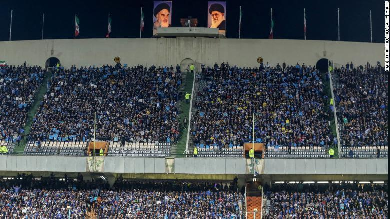 FIFA-tells-Iran-to-allow-women-into-soccer-stadiums