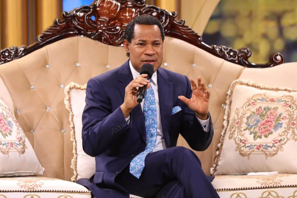 us-protests-scheme-to-throw-out-police-implant-microchips-oyakhilome