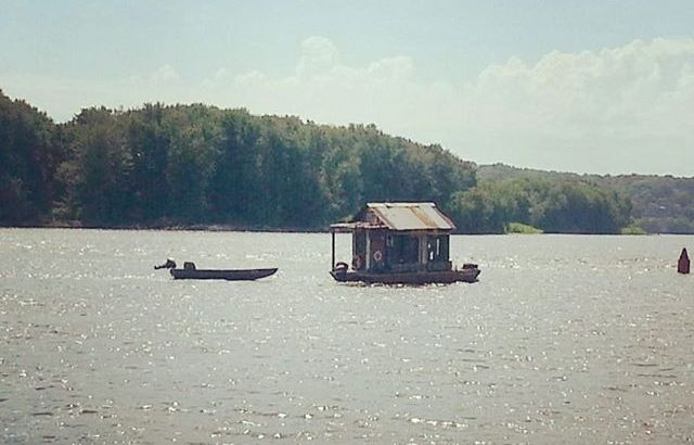 #Shantyboat spotted in Dubuque. River coincidence: this photo was sent to someone downriver who I ended up interviewing two weeks later.