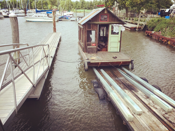 Triptych: How to trailer a shanty boat in a strong crosswind on a homemade boat trailer  #shantyboat #boattrailer #triptych