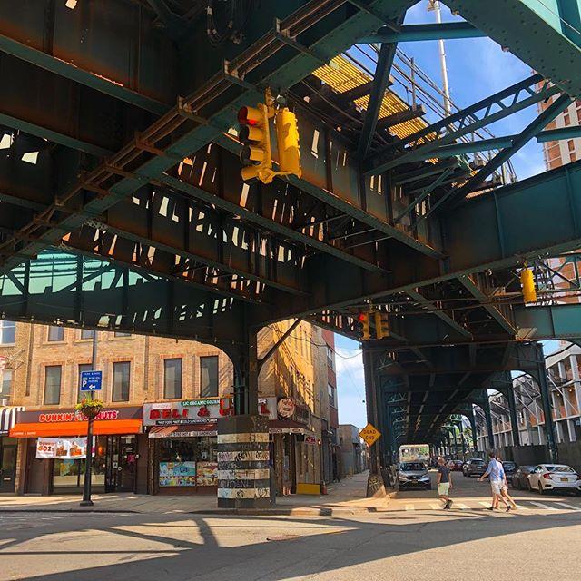 Jackson's Deli in Long Island City, Queens and the 7 Train #LIC #Queens #NYC #deli