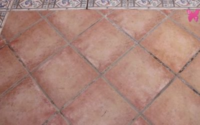 Cómo arreglar las juntas de las baldosas del patio – rejuntar un suelo