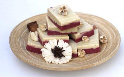 Jabón casero ultra hidratante, humectante, ideal para cuidar las pieles más delicadas, secas y sensibles