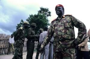 El líder del SPLM (U), Riek Machar, llegó a vicepresidente del Sudán de la 'sharía' y también de Sudán del Sur tras la independencia. Aquí, en la aldea de Leer. (Foto: LUIS DAVILLA)