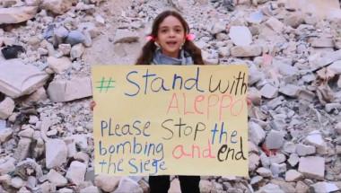 Bana Alabed, la niña que, presuntamente, 'escribía' cartas despidiéndose bajo las bombas