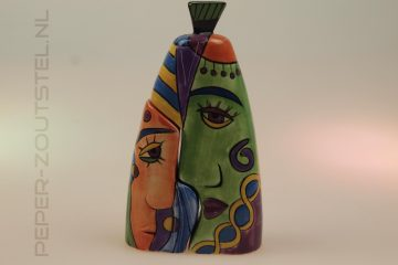 Faces-nr.-three-2-Picasso-style-peper-en-zoutstel