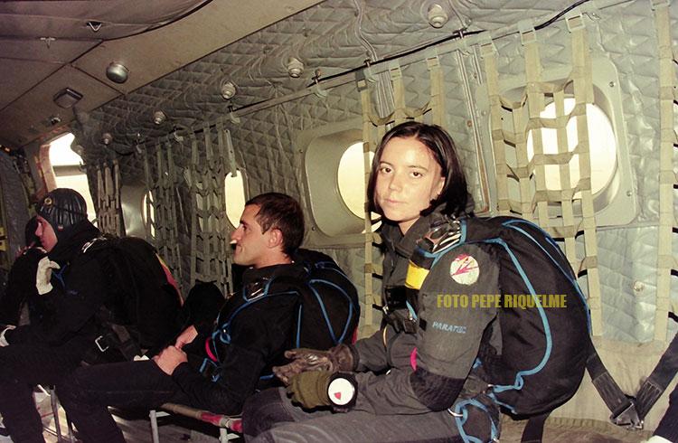 Primera mujer paracaidista en el Ejército del Aire