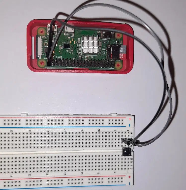 Raspberry PI shutdown button overall picture