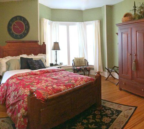 rooms-peppermillbnb-lacebark