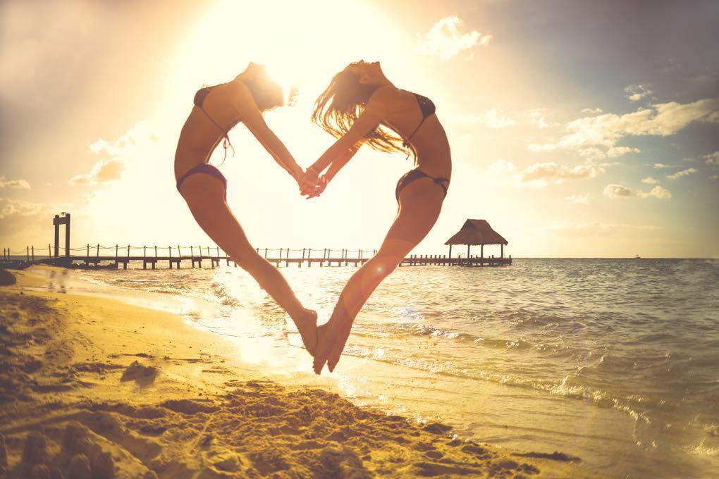 1020 - beach-beautiful-fun-5358