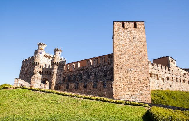 Castles of Spain to Visit With Children