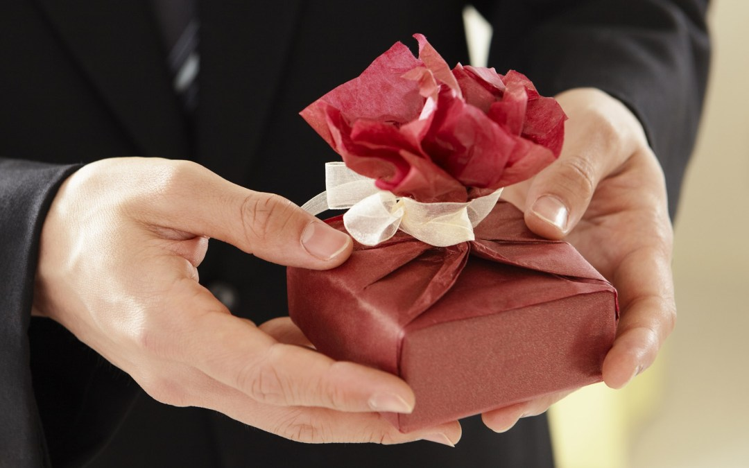 Predictable Presents You Should Never Give to Your Boss