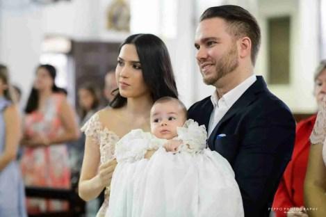 Sábado de Bautizo, Rafael con sus padres
