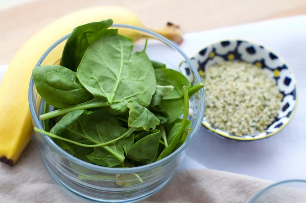 vitamina verde, vitamina verde saudavel, vitamina com proteína, vitamina pos treino, vitamina com espinafre, vitamina para veganos