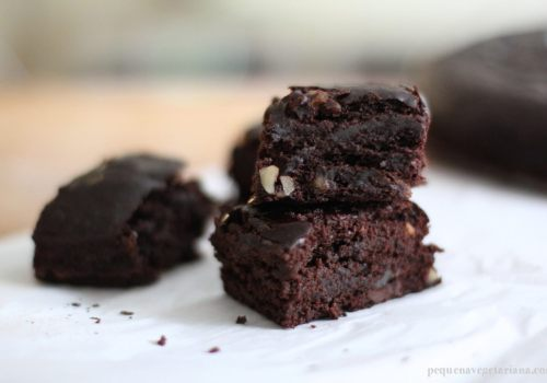 Brownie vegano (sem leite & sem ovos)