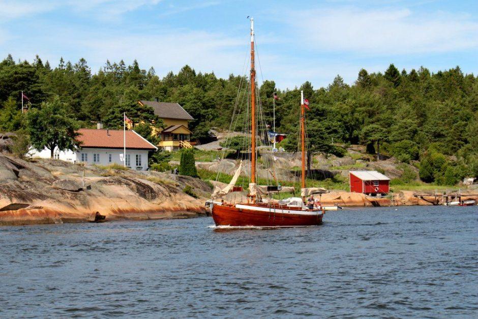 Traff et par slike på vei ut fra Kjøkøya.
