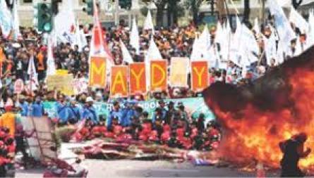 "May Day"" Buruh Bakar Karangan Bunga Ahok & Tuntut Jokowi Mundur"