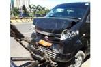Mobil Dinas Lurah Kecelakan