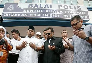 Hamim buat laporan polis terhadap Malaysian Insider