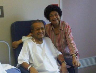 Dr. Mahathir makin pulih