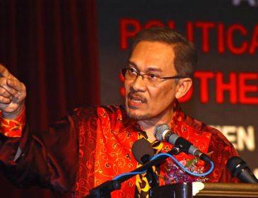 Dewan Kembali Hiruk-Pikuk Dengan Isu Anwar-APCO