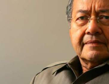 Ada pihak cuba pesongkan fakta sejarah – Dr Mahathir