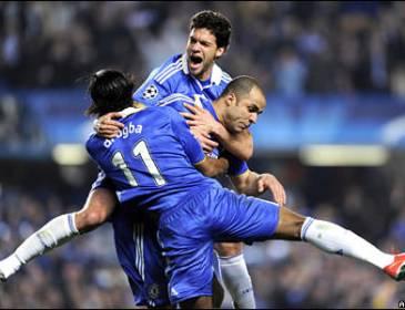 Terry bantu Chelsea ikat Spurs