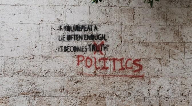 Video: Politik eller ikke-politik? Dét er spørgsmålet