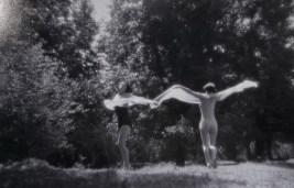Sa snimanja filma Ples u prirodi Oktavijana Miletića, 1934.