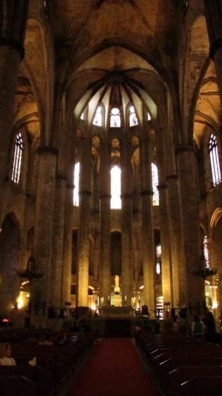 Bazilika Santa Maria del Mar - unutrašnjost